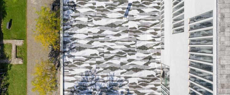 """Vorschaubild: Olaf Nicolai: """"Oskar. Eine Camouflage"""""""